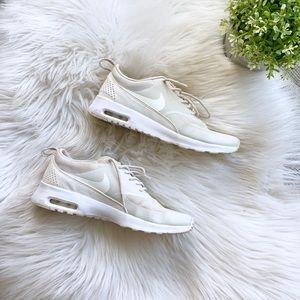 Nike Air Max Thea | Size 6.5